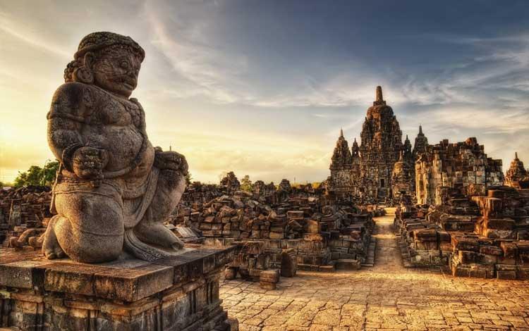Tempat wisata Instagramable di Jogja - Candi Prambanan