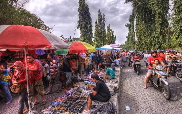 Tempat belanja oleh-oleh murah di Jogja - Pasar Kaget Sunday Morning(SunMor)