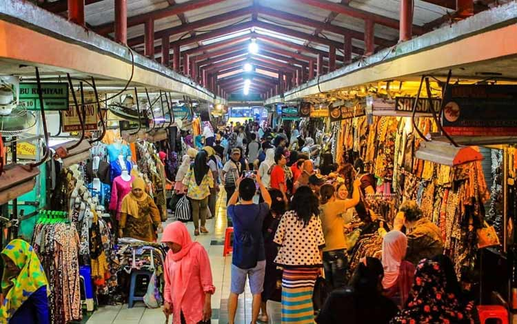 Tempat belanja oleh-oleh murah di Jogja - Pasar Senthir