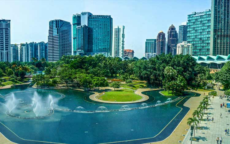 Tempat wisata terbaik dan terpopuler di Malaysia - Taman Kuala Lumpur City Center