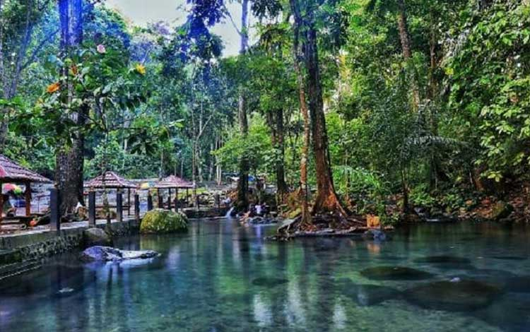 Tempat wisata terbaik di lombok - Aik Nyet Sesaot