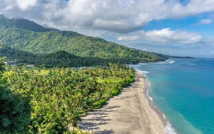 Tempat wisata terbaik di lombok - Pantai Senggigi