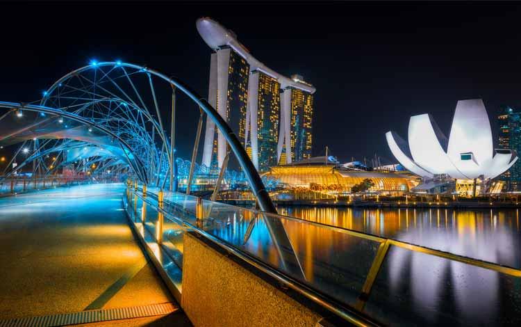 Tempat Wisata Favorit di Singapura - The Helix Bridge