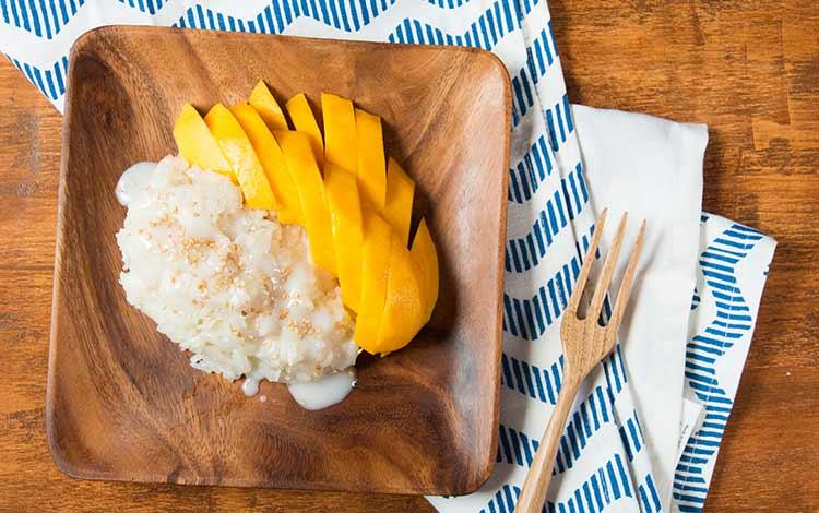 Makanan Thailand enak dan lezat di Indonesia - Mango Sticky Rice