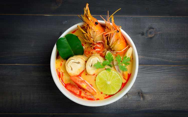 Makanan Thailand enak dan lezat di Indonesia - Tom Yum