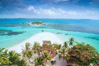 Daftar Pantai Terindah Di Indonesia Yang Wajib Kamu Kunjungi