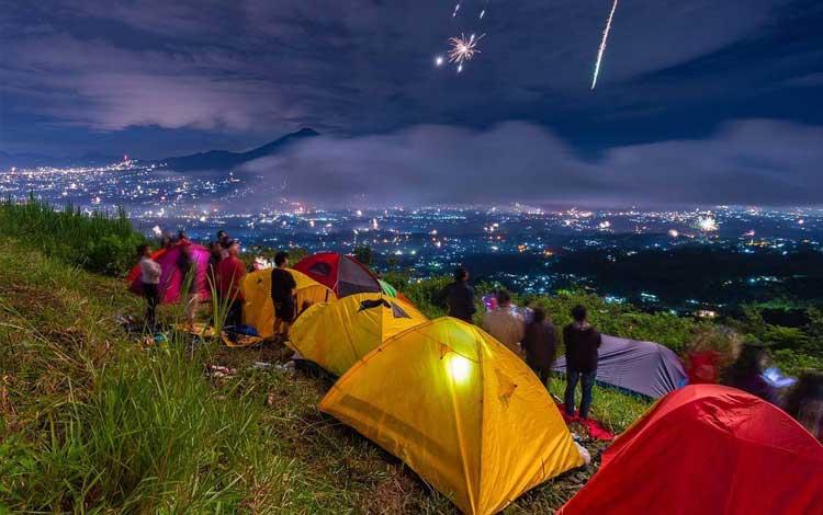 Tempat wisata di bogor yang instagramable - Bukit Alesano