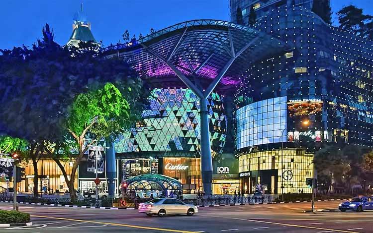 Tempat wisata favorit di Singapura - Orchard Road