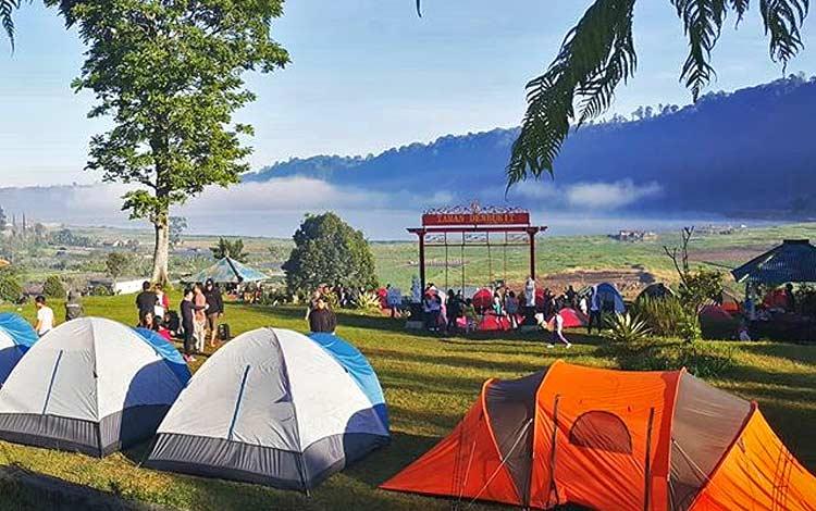Tempat wisata terbaru di Bali - Berkemah di Danau Buyan
