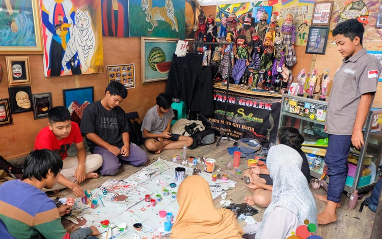 Info Terlengkap Bandung - Mengunjungi Kampung Kreatif