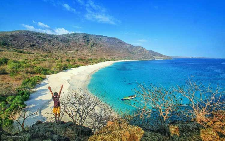 Pantai Ling Al, Alor - NTT