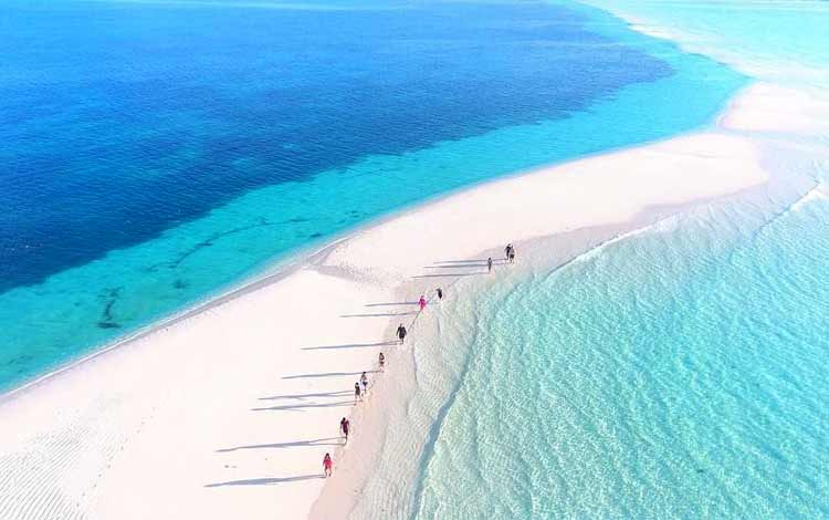 Pasir Timbul Ngurtavur, Kepulauan Kei - Maluku Tenggara