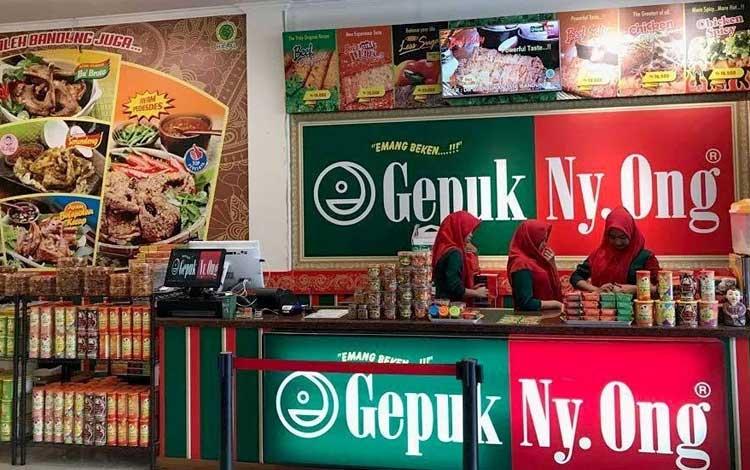 Tempat beli oleh-oleh murah di Bandung - Gepuk Ny Ong