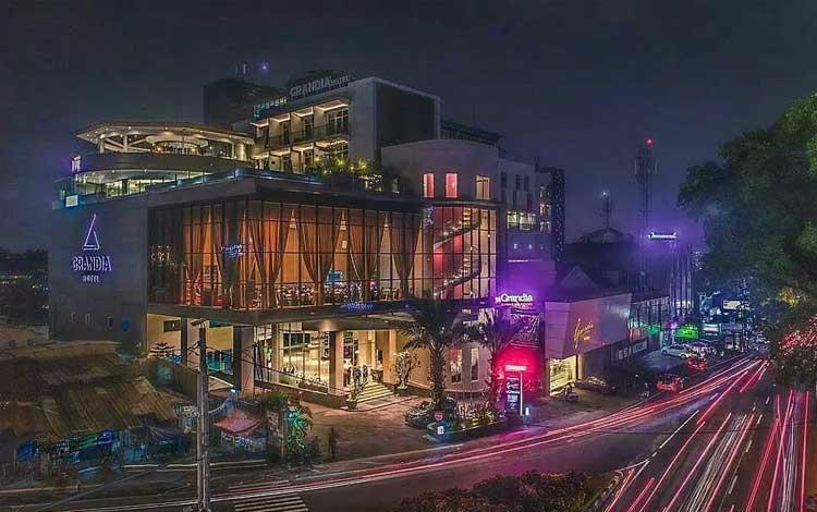 Tempat beli oleh-oleh murah khas Bandung - Kawasan Cihampelas