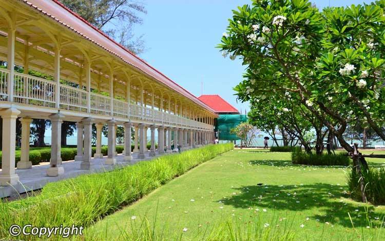 Maruekathaiyawan Palace, Cha-Am, Thailand