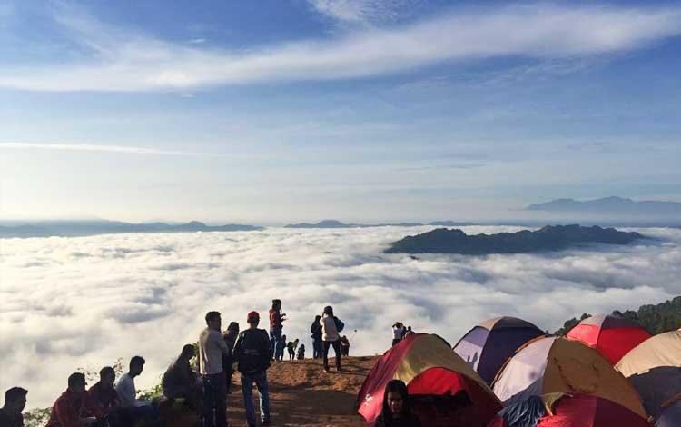 Negeri di atas awan - Dataran Tinggi Lolai, Toraja, Sulawesi Selatan