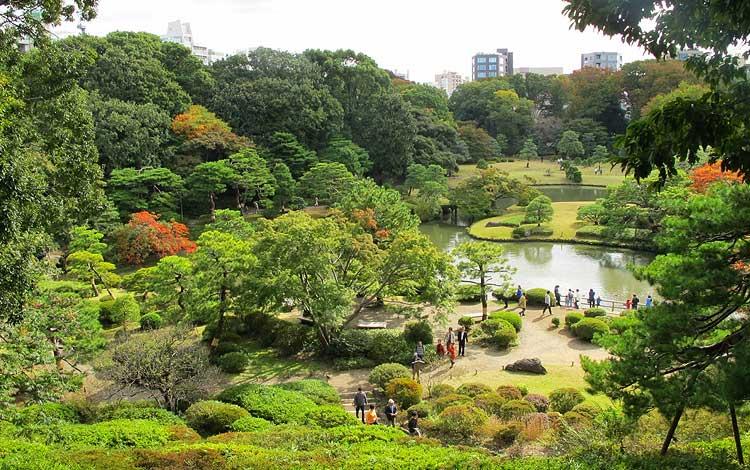 Tempat wisata terbaik di Jepang - Rikugien Garden