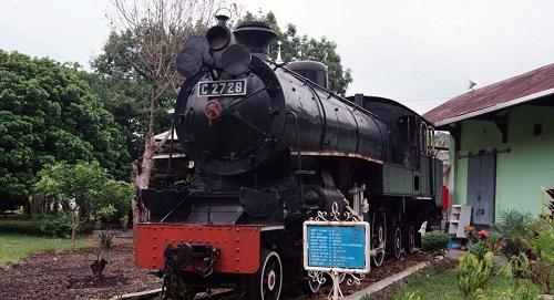 Tempat wisata Semarang - Museum Kereta Api Palagan