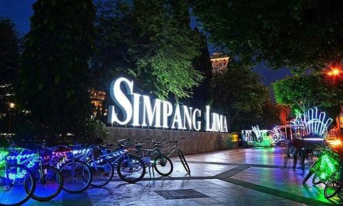 Tempat wisata Semarang - Kawasan Simpang Lima