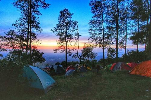 Tempat wisata Semarang - Basecamp Mawar